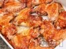 Рецепта Мариновани пилешки крилца на фурна с мед и лимон